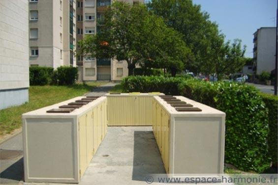mobilier urbain installation d'abris pour conteneurs