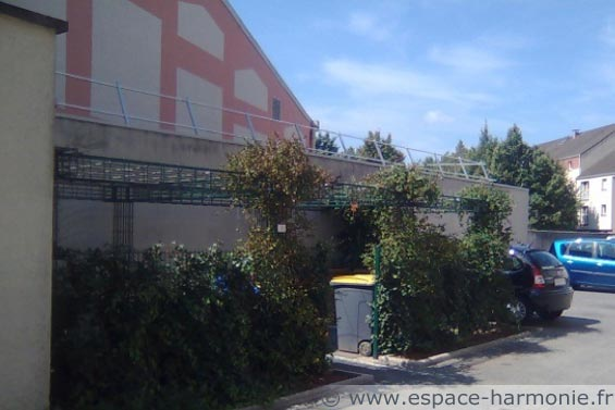 panneaux végétalisables en acier pour la décoration des espaces urbains