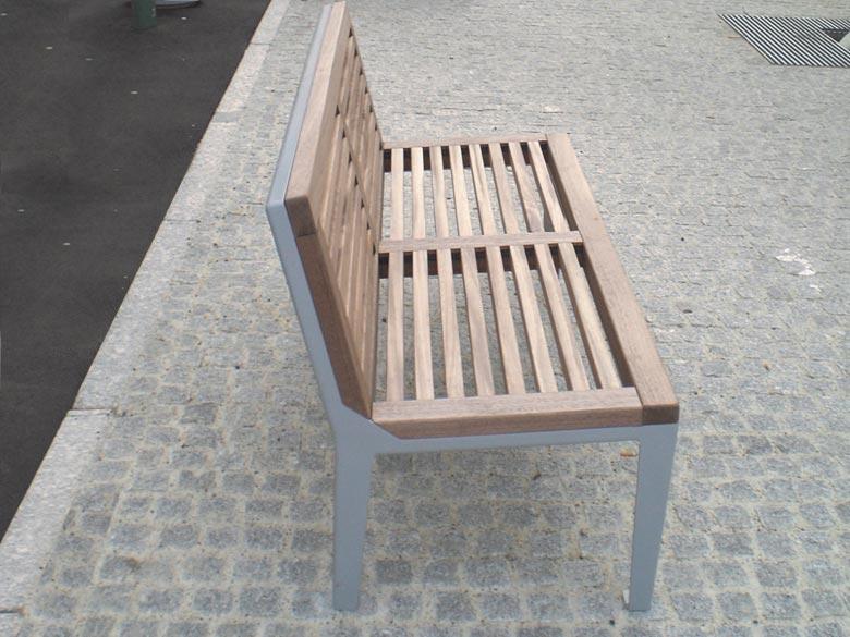 banc public et mobilier urbain