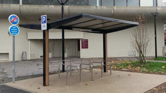 Abri vélos mobilier urbain